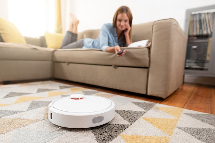 Có nên mua robot hút bụi thông minh không?